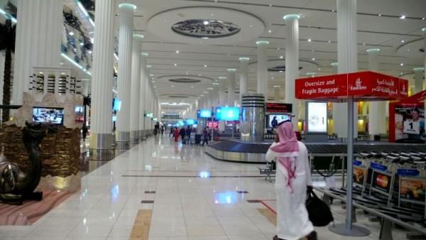 Ojo al detalle del camello en la galáctica nueva terminal de Dubai para el A380.