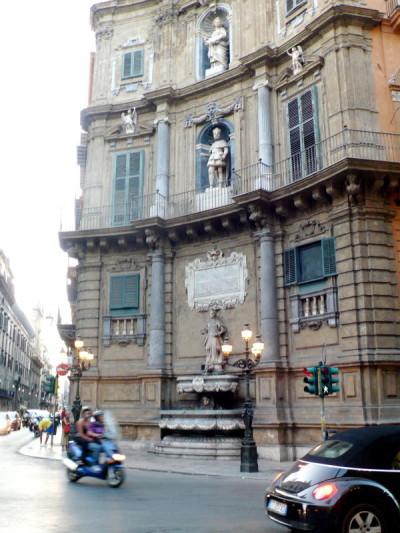 Monumentalidad y caos de Palermo