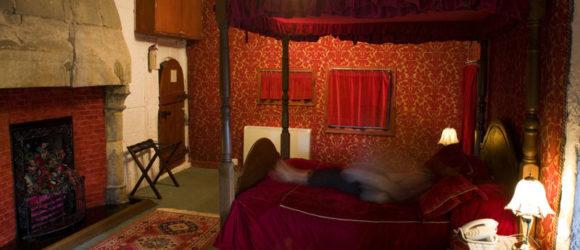 La inquietante habitación roja del castillo de Borthwick