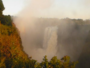 Cataratas Victoria al amanecer