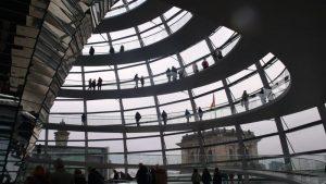 La cúpula de la sede del Parlamento, por obra y gracia de sir Norman Foster
